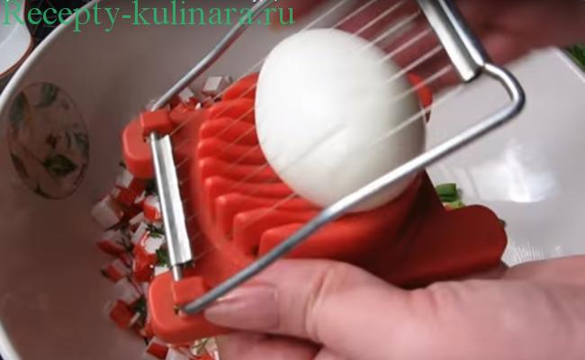 krabovyj-salat-recepty-15