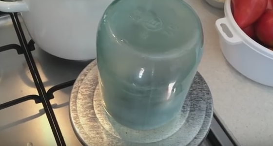 как мариновать помидоры с уксусом в литровых банках
