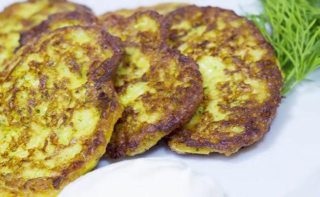 Оладьи из кабачков с сыром — самые вкусные рецепты