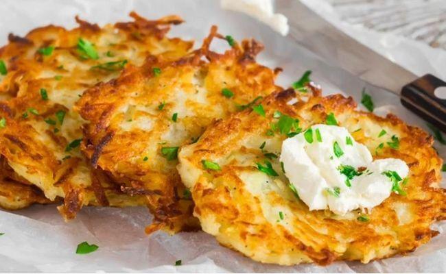 Драники картофельные с сыром на сковороде. Классические рецепты